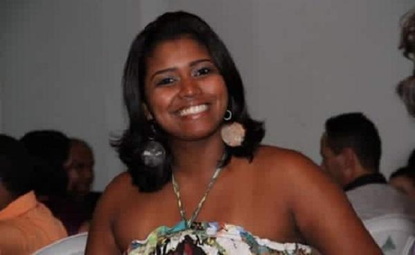 Luto: Morre no hospital em Salvador a esteticista teixeirense que teve 75% corpo queimado