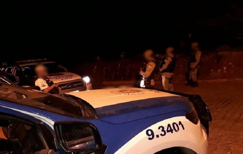 Dois homens armados são mortos em confronto com a PM na BR-101